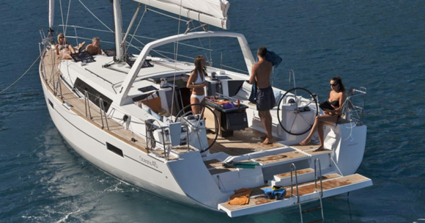 Oceanis 45 (port Marmaris)